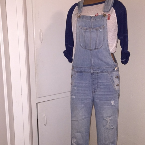 a533ea9efaca American Eagle Outfitters Denim - AE Tomgirl overalls  new without tags!